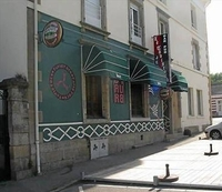 Stephanie_ropers_bar_pontivy